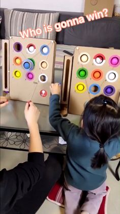 Oh my goodness.  You have to try this project!  Although this cardboard game is simple, kids love it. Imagine how happy the kids gonna be if you let the kids win. Cardboard Crafts Kids, Cardboard Toys, Cardboard Playhouse, Babysitting Activities, Toddler Learning Activities, Toddler Activity Board, Diy Crafts For Gifts, Craft Stick Crafts, Diy For Kids