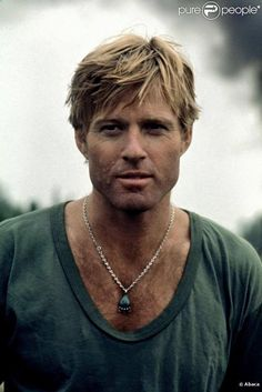 Let's specifically discuss Robert Redford hairstyles, haircuts and hair in this thread. Feel free to post more pictures of his hair in this thread. Robert Redford has straight blonde hair that he has Hollywood Men, Hollywood Stars, Classic Hollywood, Gorgeous Men, Beautiful People, Nicolas Vanier, Actrices Hollywood, Good Looking Men, Famous Faces