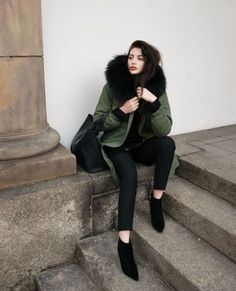 da6ea18e045 How to wear a puffy jacket this winter. Black Fur ...
