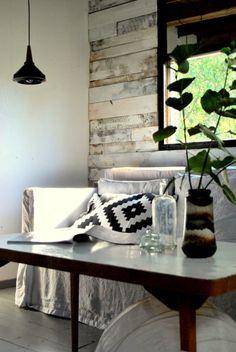 KOTIKIIKARISSA-blogi: Kylmästä vintistä kesähuoneeksi