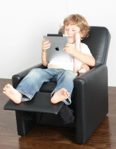 Recommended For Ages 2   10 Years Of Age This Kids Lounge Recliner Chair  Popular And Stylish Design Is Sure To Be A Huge Hit With Your Kids!