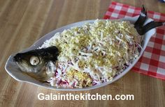 Russian Salad Herring Under A Fur Coat With Garnish Ideas - Gala in the kitchen Russian Recipes, Holiday Traditions, Fur Coat, Salad, Holidays, Vegetables, Kitchen, Ideas, Food