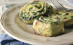 Roll the crepes with ricotta and chard 2 Italian Recipes, Vegan Recipes, Cooking Recipes, Crepes, Banana Pudding Recipes, Crepe Recipes, Recipe Mix, Appetizer Dips, Antipasto