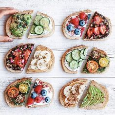 Smart snacking is the best way to keep you body clean and healthy🥦🍏🍅🥒🥑 Savory Breakfast, Vegan Breakfast Recipes, Breakfast Ideas, Recipes Dinner, Healthy Recipe Videos, Healthy Recipes, Manger Healthy, Agriculture Bio, Healthy Snacks