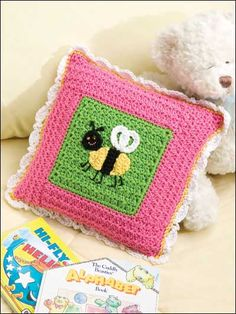 Bee Pillow Easy Crochet Pattern