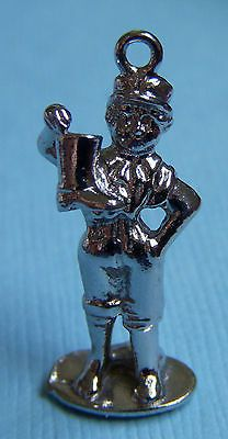 Vintage Wells Sandusky Ohio Boy with The Boot Statue Oh Sterling Charm Sandusky Ohio, Vintage Charm Bracelet, Wells, Vintage Silver, Decorative Bells, Charms, Advertising, Characters, Statue