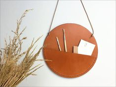 leather wall pockets - Designer Javier Prieto Martínez created these leather wall pockets as part of a collection which explores the role of leather goods in the h. Leather Accessories, Leather Jewelry, Home Accessories, Leather Gifts, Leather Craft, Diy Leather Goods, Leather Pouch, Crea Cuir, Deco Cuir