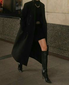 Edgy Outfits, Teen Fashion Outfits, Mode Outfits, Cute Casual Outfits, Black Outfits, Suit Fashion, Look Fashion, Korean Fashion, Girl Fashion