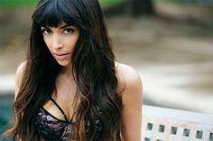 Hannah Simone #Hannah_Simone #Woman #Beauty