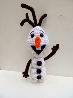 [Crochet] Traduction du patron d'Olaf de A[mi]dorable Crochet – Alors cha ch'est fou! Olaf Crochet, Frozen Crochet, Crochet Gratis, Crochet Amigurumi Free Patterns, Crochet Toys, Crochet Patron, Knitting Blogs, Crochet Animals, Yarn Crafts