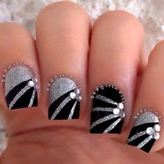 Silver is a color that can be carried just about in any way you want. We have gathered some 40 pretty silver nail art designs for you. Silver Nail Designs, Silver Nail Art, Glitter Nail Art, Cute Nail Designs, White Glitter, Silver Sparkle Nails, Red And Silver Nails, Jewel Nails, New Years Nail Designs