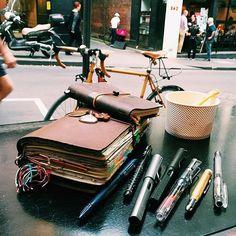 Follow me on Instagram @janethecrazy #travelersnotebook #scrapbook…