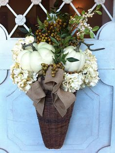 Friday Favorites - White Pumpkins on Maison de Cinq