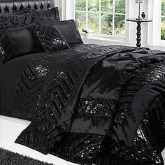 Bedding just ordered quite pricey but worth it even got the throw can't wait for it to arrive :)