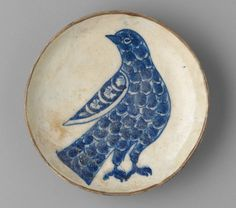 Small dish with stylized rock dove, Iran, Safavid period, c. 1675–1725 | Harvard Art Museums