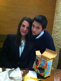 Mariana e o André celebrando o Sacramento da Confirmação da irmã