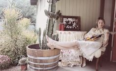 Shae Acopian Detar and her mandolin South By Southwest, Southwest Style, Boho Life, Gypsy Life, My Pool, Camera Shots, Perfect Wardrobe, Country Girls, Country Life