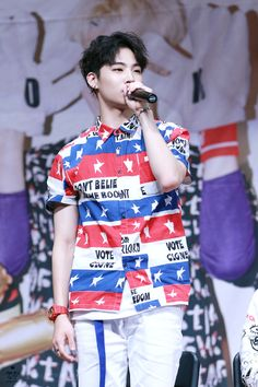 Your #1 daily source for all GOT7! | © COME N GET IT | Do not edit.