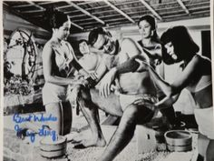 BOND GIRL,MAY LING AUTOGRAPH FROM YOU ONLY LIVE TWICE
