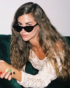 Clara Berry, Cat Eye Sunglasses, Wayfarer, Actresses, Instagram, Style, Artists, Models, Fashion