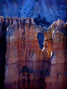 Bryce+Canyon+Hoodoos   Bryce Canyon National Park, UT. This is now on my list of places to ...