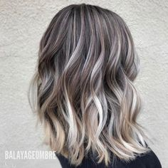 10 Medium Layered Hairstyles in Beige, Brown & Ash-Blonde Fashion Colors - Cool Global Hair Styles 2019 Medium Layered Hair, Medium Hair Cuts, Medium Hair Styles, Short Hair Styles, Ash Blonde Balayage, Brown Blonde Hair, Medium Ash Blonde Hair, Blonde Mode, Blonde Fashion