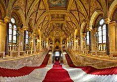 Hungary Parliament, panoramic view