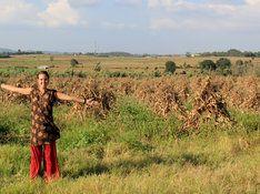Mandi Schmitt in India