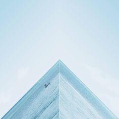A calm blue sea . . . OP : @unsplash . . . #beach #inspiration #visualarts #creative #design #art #instalike #instalove #instamood #instagood #vsco #instadaily #igers #simplicity #minimal #simple #picame #ig_captures_creative #moodygrams #igcreative_editz #Simplycooldesign #thedesigntip #artofvisuals #graphicdesigncentral #graphicroozane #thegraphicspr0ject #thedesigntip #D_Expo #designarf