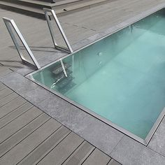 LUXE Pools manufactures stainless steel pools with overflow and skimmer type water flow.Our pools can be freestanding as we use steel frame for our pools.
