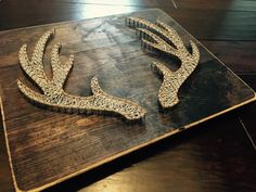 Deer antlers string art on distressed boards, 20 wide x 16.5 tall. You can…