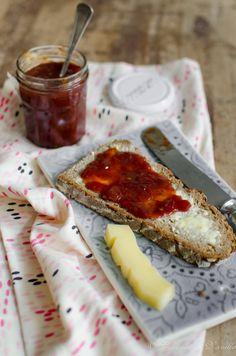 Tomatenmarmelade mit Käse by Coconut & Vanilla