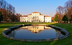 Turin Italy, World Of Darkness, Learning Italian, My Town, Reggio, Wonderful Places, Venice, Mansions, Country