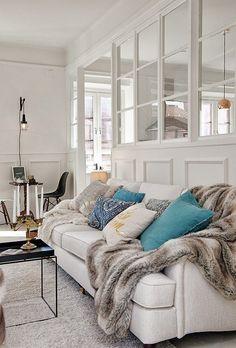White cozy living room   Daily Dream Decor