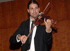 Violinist David Garrett performs during Montegrappa's Presentation of The Genio Creativo Award at the Rose Building, Lincoln Center on November 1, 2007 in New York City. Montgrappa is dedicating the first Limited Edition of the Genio Creativo collection to Antonio Stradivari.