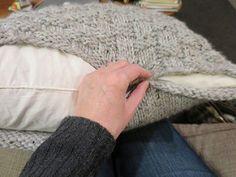 Iron Craft '14 Challenge #23 - Knit Basket Weave Pillow