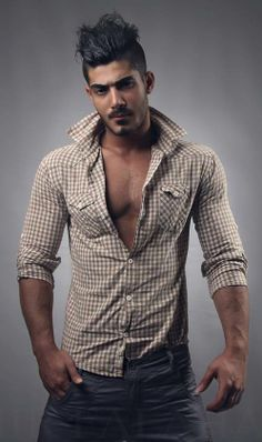 Good Look, hair not quite right Moustaches, Light Skin Men, Muscular Men, Shoes With Jeans, Fine Men, Beautiful Men, Outfit Of The Day, Hot Guys, Men Casual