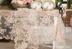 2015 Yemek Masası Örtüleri Merhaba değerli okurlarımız,  Güne yepyeni 2015 yemek masası örtü modelleriyle başlıyoruz. Masalarımızı güzelleştiren yemek odamıza hoş bir hava katan masa örtüsü modellerimize hep birlikte göz atalım isterseniz.    Yakma tül kumaşının üzerinde gül desenleri bulunmaktadır. Klasik yemek oda ... http://www.yemekodasi.com/2015-yemek-masasi-ortuleri/  #KlasikMasaÖrtüsü, #MasaÖrtüsüModelleri, #ŞıkMasaÖrt�