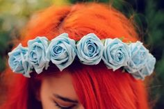 UK FASHION BLOGGER CROWN FLORAL CROWN AND GLORY