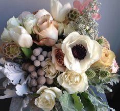 neutral contrast rose and anemone. Sullivan Owen floral design. sullivanowen.com