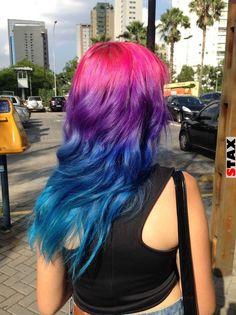 STAX | Szivárvány pasztell színű haj az új divat a bevállalós nők körében