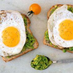 Crazy-Healthy Breakfasts Under 300 Calories