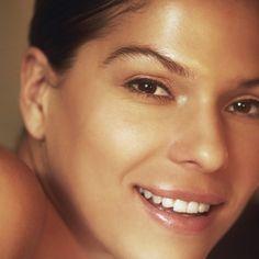 Os segredos para ter uma pele saudável & radiante