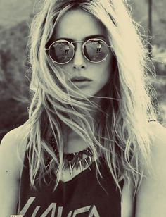 Gillian Zinser as Ivy Sullivan-90210