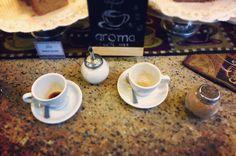 Una historia dos personas y un lugar común Aroma Di Caffé. Es lo que somos el sitio ideal donde la imaginación las historias y las palabras fluyen libremente. Vive tu #MomentoAroma y degusta el mejor café. Visítanos en el C.C. Metrocenter pasaje colonial. #AromaDiCaffé #MomentosAroma #ExperienciaAroma #HistoriasAroma #Comparte #Disfruta #Deléitate #CoffeeTime #CoffeeLovers