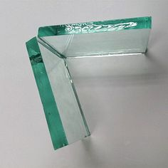 China famous glass factory, supply high quality 19mm clear float glass china, anti dumping duty on clear float glass from china, import clear float glass,available size 2140*3660mm, 2440x3660mm,etc. Its perfect for tempered or laminated processed, used for tabletop, balustrade, pool wall, door,etc.