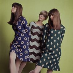 Three eye-catching patterned frocks from September 1966. #vintage #fashion #1960s #dress