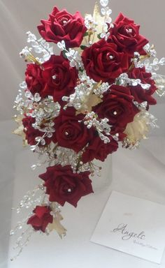 Red rose and gold crystal trailing bouquet. Red Bouquet Wedding, Bride Bouquets, Rose Bouquet, Red Wedding, Crystal Bouquet, Trailing Bouquet, Romantic Wedding Colors, Deco Floral, Bridal Flowers