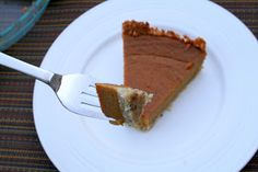 The Healthy Happy Wife: Sweet Potato Pie (Dairy, Gluten/Grain and Refined Sugar Free)