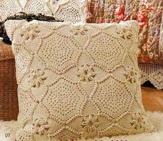 Ivelise Feito à Mão: Almofada De Quadrado De Crochê